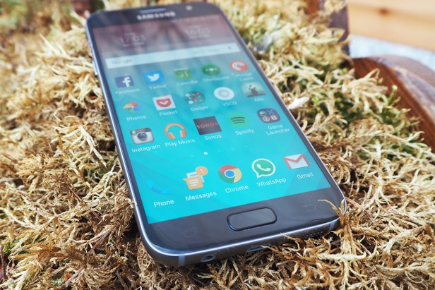 Comparaison du design : Samsung Galaxy S7 vs LG G5