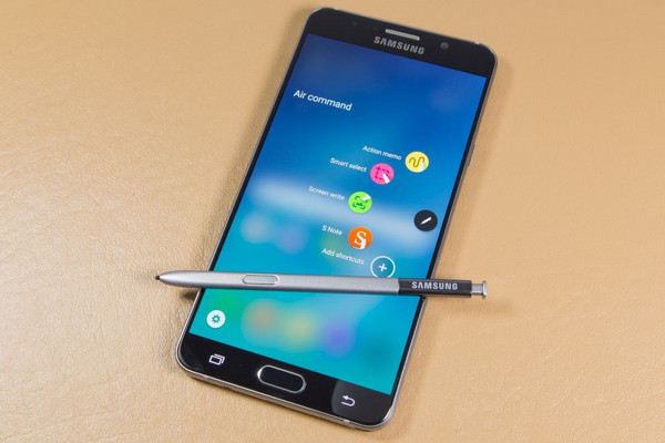 Diseño – iPhone 7 vs. Samsung Note 7