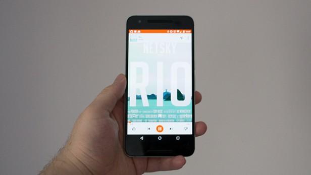 Comparaison du logiciel : iPhone 7 vs. Nexus 6P
