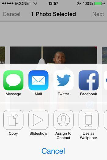 Transferir fotos del iPhone a la unidad flash - usando correo electrónico paso 2